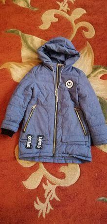 Пальто осеннее 152 р.