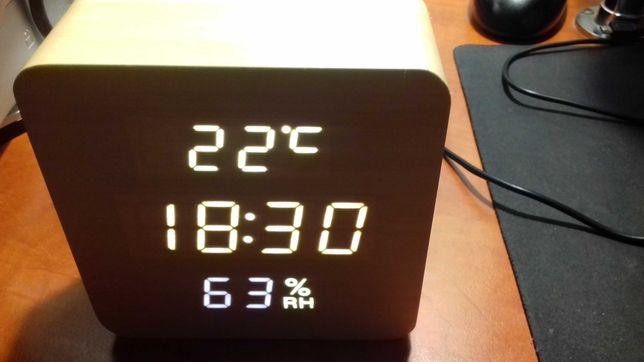 часы электронные VST