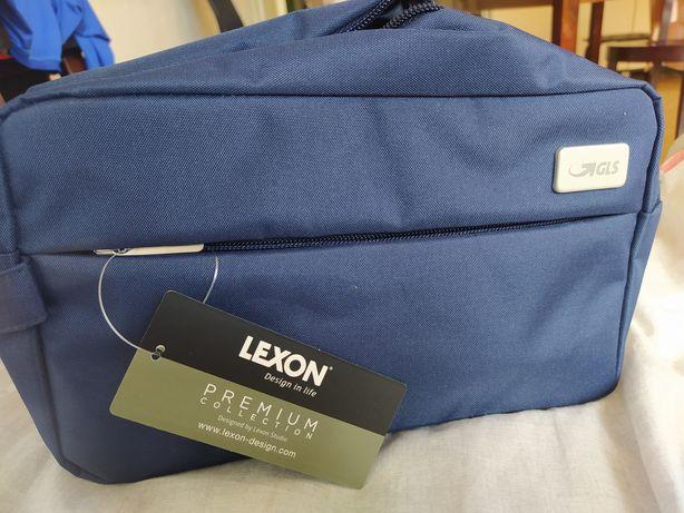 Kosmetyczka Lexon pojemność 3,1 l granatowa