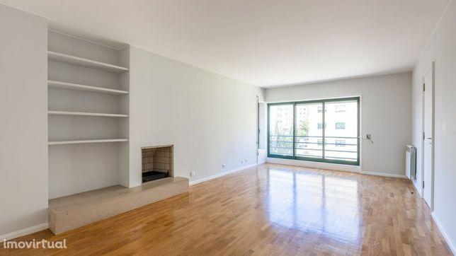 Apartamento T3 Pinheiro Manso