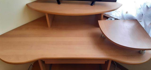 Biurko narożne ciekawy kształt