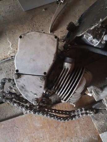 Двигатель, мотор, дырчик, д4, д6, веломоторчик, рига