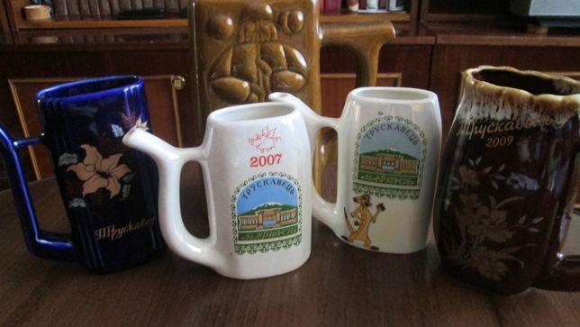 Продам чашки - поилки для минеральной воды