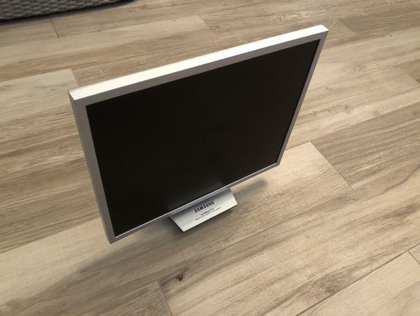 Samsung syncmaster 172x