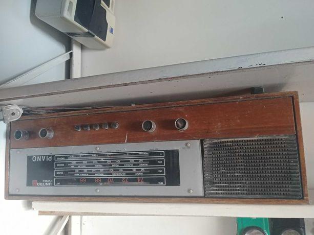 Radio unitra diora piano dzialajace