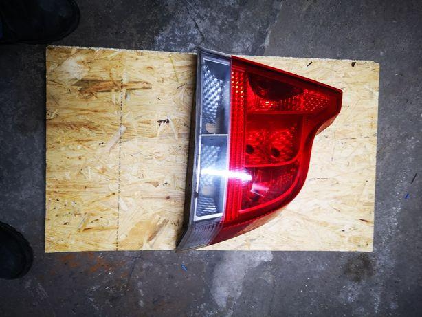 VOLVO S-60 Lampa prawa tył.
