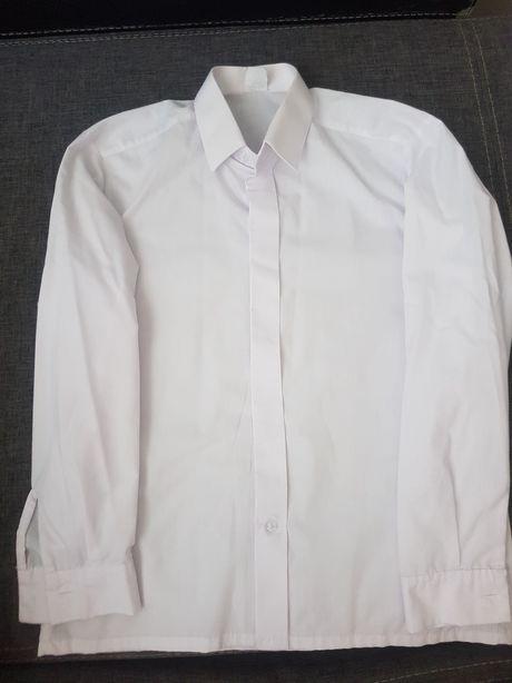 Biała koszula długi rękaw
