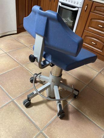 Крісло лікаря стоматологічне
