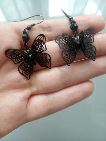 Czarne kolczyki motylki