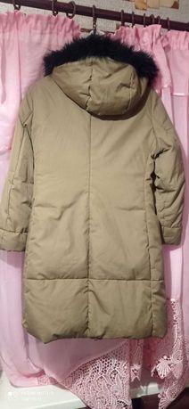 Курточка женская демисезонная. Состояние идеальное.все видно на фото