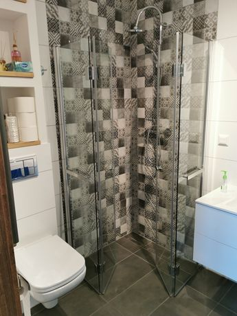 Kabina prysznicowa, łamana. 90x90