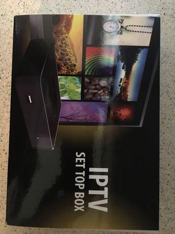 Smart TV приставка MAG 275
