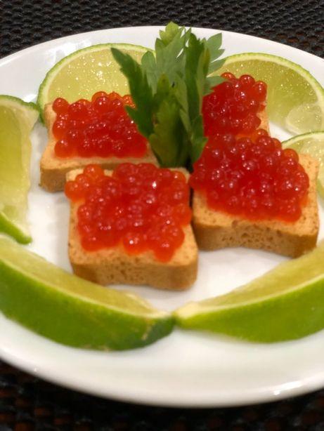 Икра красная лосось, малосольная, премиум качество 1 кг