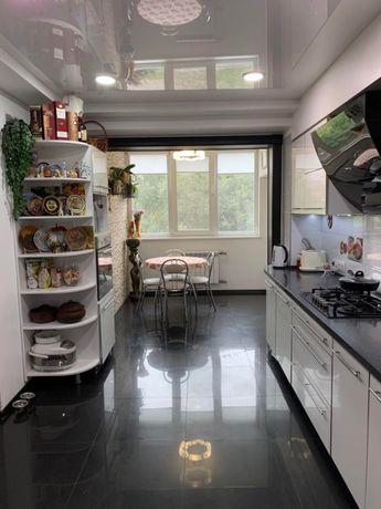 Продам 3-х комнатную квартиру внизу пр. Кирова