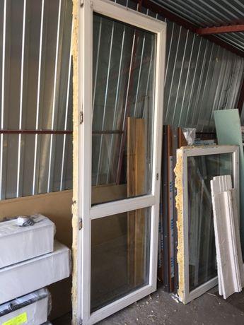 Drzwi balkone pcv białe używane