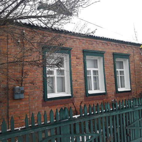 Дом в Золочеве с газом, удобное месторасположение, рядом школа*