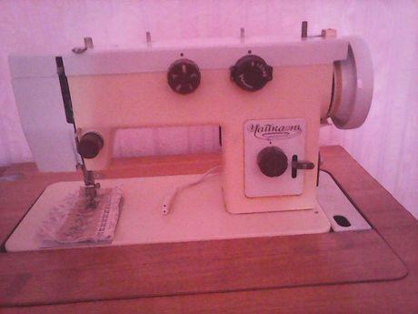 швейная машинка чайка 143 с тумбой и электроприводом