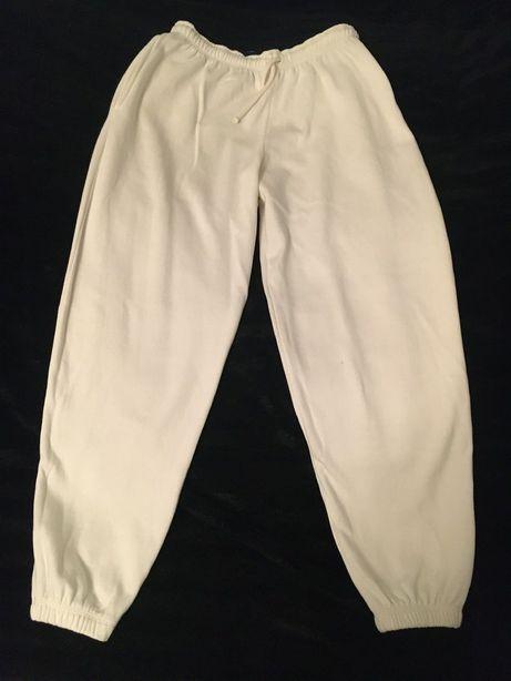 Spodnie r. M dresowe męskie Derby Detente kremowe / jasne
