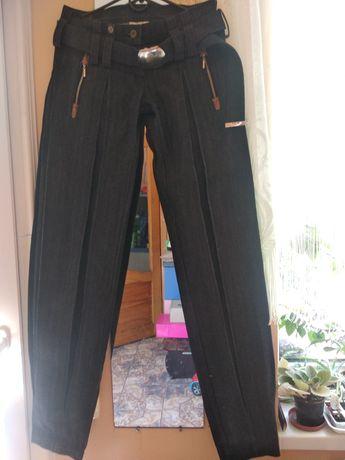 Оригинальные джинсы на высокую леди.