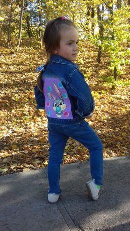 джинсовий піджак з авторським малюнком