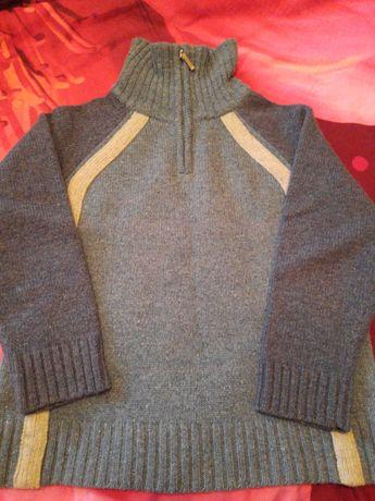 Тёплый свитер для мальчика 8 лет