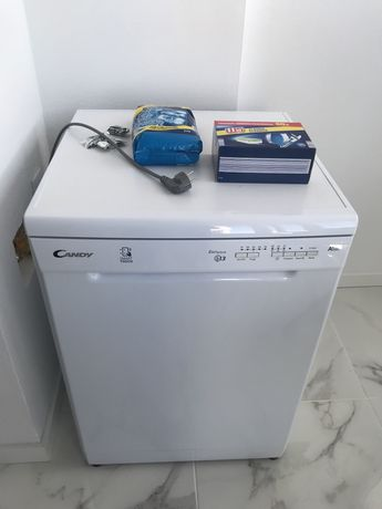 Máquina de Lavar-loiça Candy Nova - Oportunidade