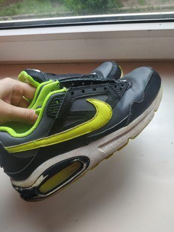 Красовки женские Nike