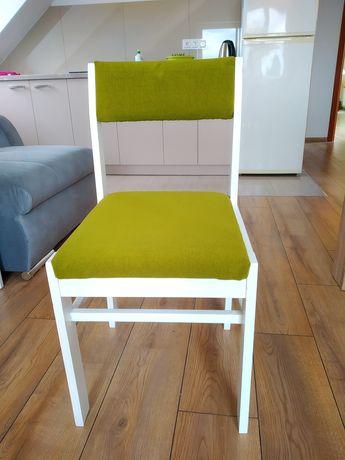 """Krzesła tapicerowane """"post komuna"""" odnowione"""