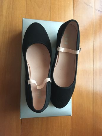 Sapatos de Character Ballet ( Bloch)