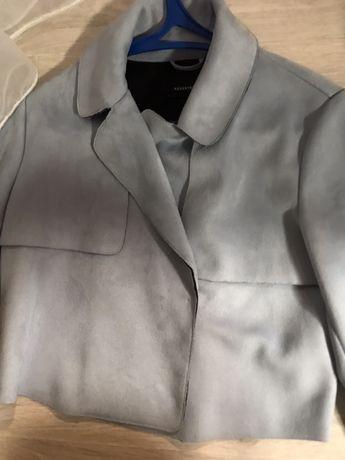 Курточка, подойдет под низ, как накидка