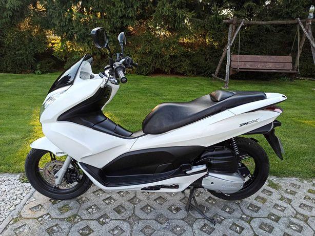 Honda PCX 125 Kat. B, A1 2011r 18 tys km Ładny stan* Zadbana