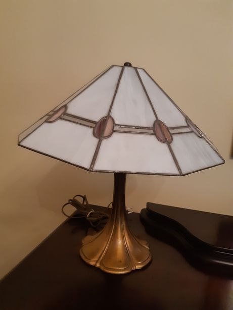 Lampa Tiffany z kloszem