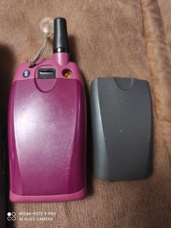 Телефон эриксон 2 батарейки