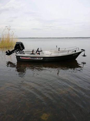Łódka wędkarska 385