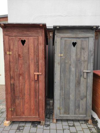 Ubikacja malowana na budowe, WC, toaleta drewniana, kibel
