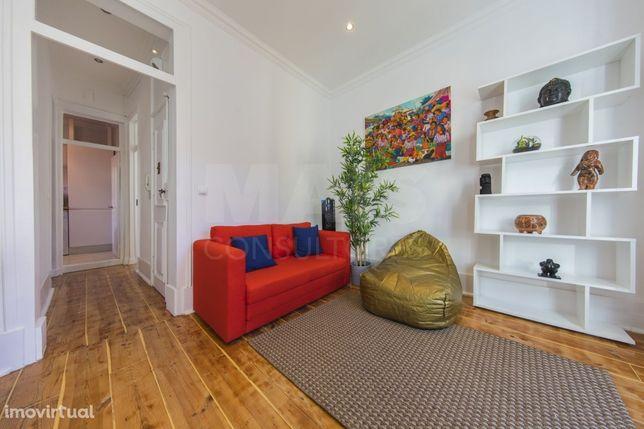 Apartamento T2 na Mouraria - Remodelado e Mobilado