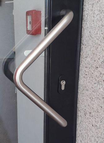 Puxador em inox para portas
