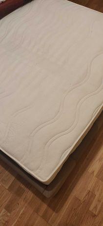 Łóżko dwuosobowe 140cm z materacem