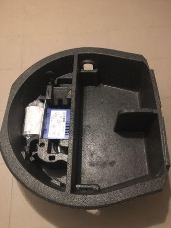 Wypelnienie kola zapasowego Skoda Superb II kombi zestaw naprawczy