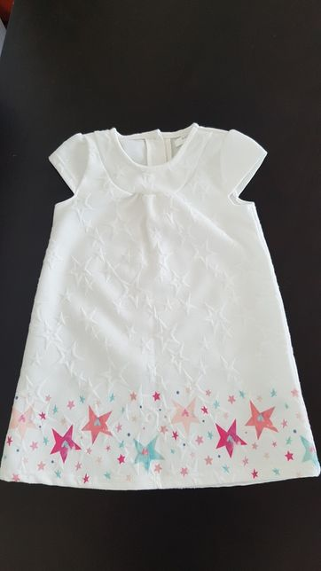 Biała sukienka z gwiazdkami
