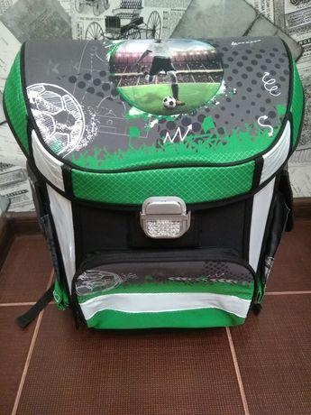 Продам школьный ранец рюкзак