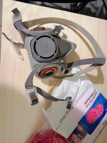 Maska przeciwpyłowa firmy 3M serii 6200