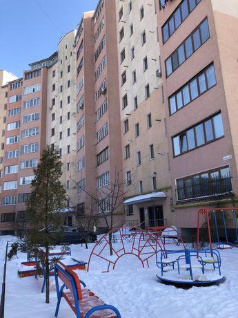 Власник продає 2-ох кімнатну квартиру в Пасічній