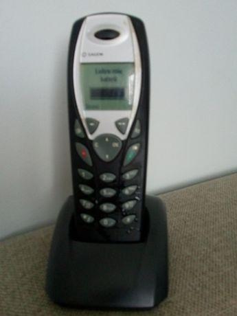 telefony z ładowarkami Huawel oraz Sagem