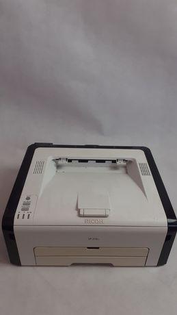 Sprzedam uszkodzoną drukarkę Ricoh sp213w