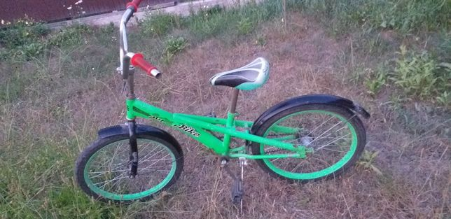 Велосипед  для хлопця 20д колеса.