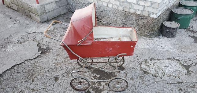 Дитяча коляска радянських часів