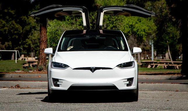 Продам Tesla Model X 90D 2017