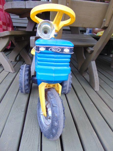 Traktor FORD,szwedzki.