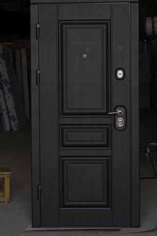 Двери входные новые в квартиру